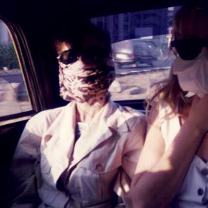Che smog a Bombay! Donatella Marazziti e Giovanna Pacciani.  Congresso Regionale della Società Mondiale di Psichiatria Biologica (Bombay, India, 8-10 gennaio 1996)